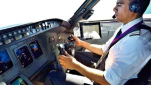 BUSINESS TRAVEL JOBS - BECOMING A PILOT
